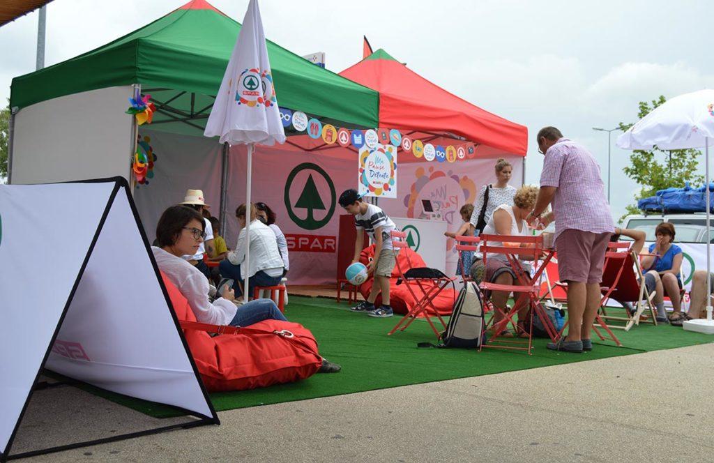 Location tentes pour tournée promo aires d'autoroute