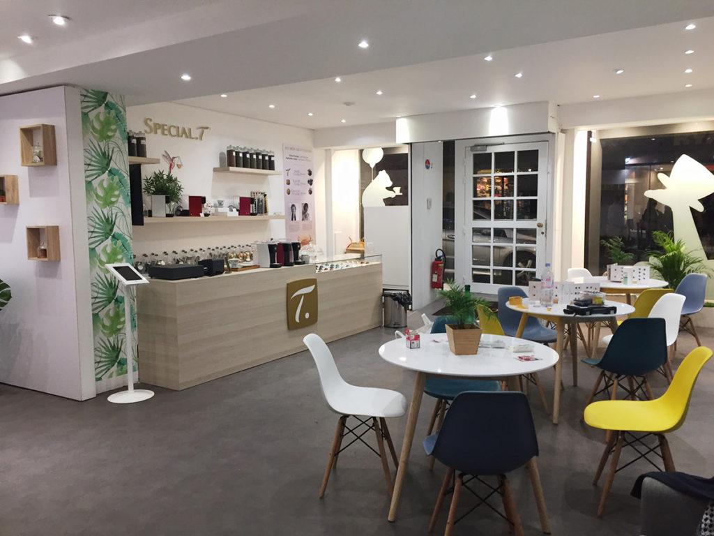 Scénographie boutique éphémère Special T Paris