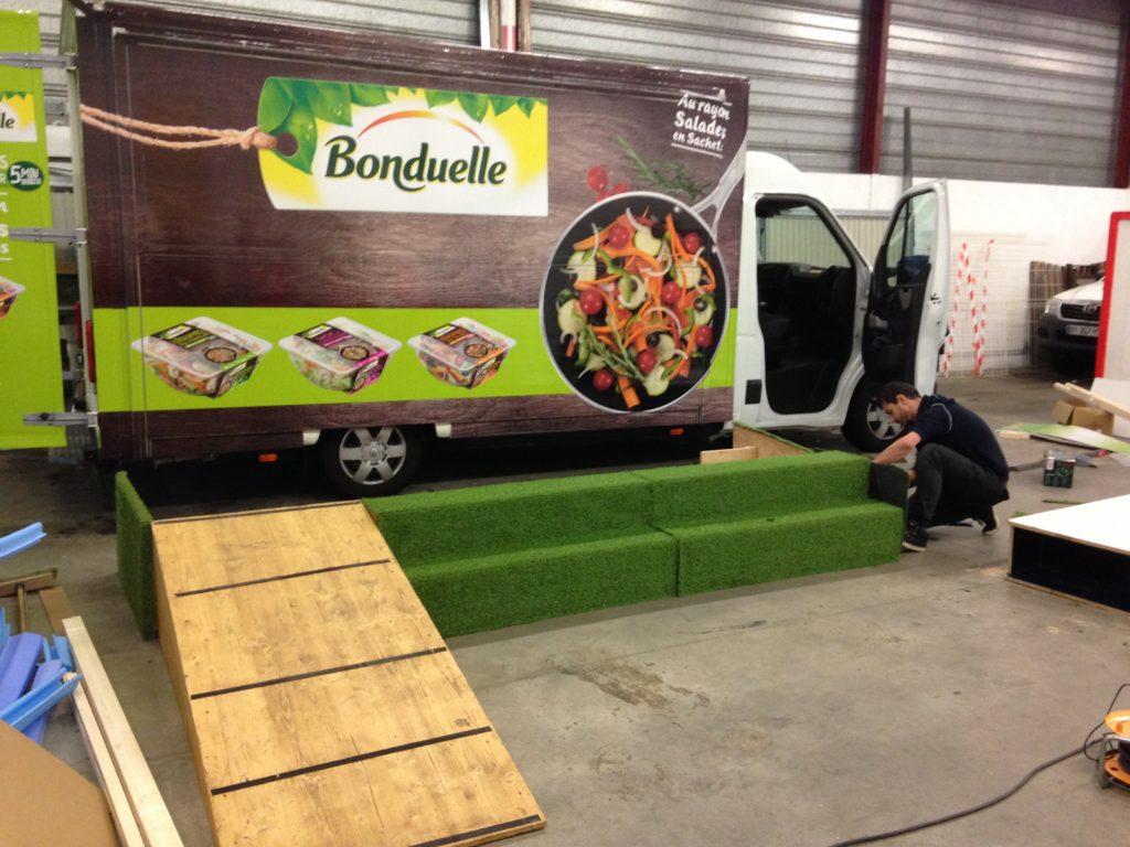 Préparation foodtruck pour roadshow event