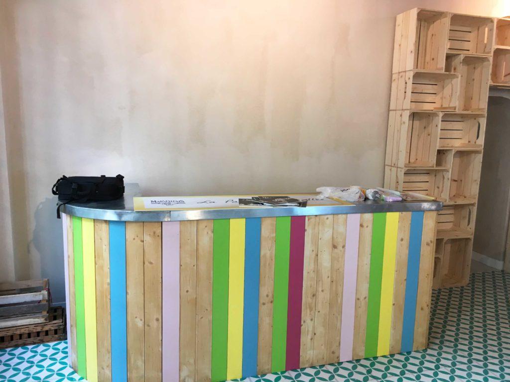 Création installation comptoir boutique éphémère