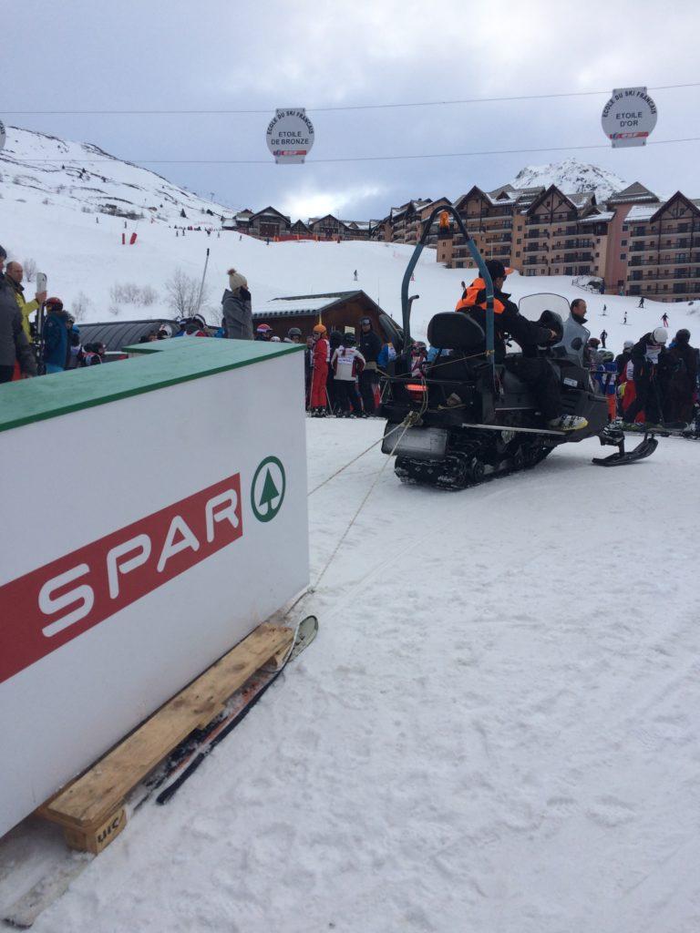Acheminement et location matériel pour roadshow stations de ski