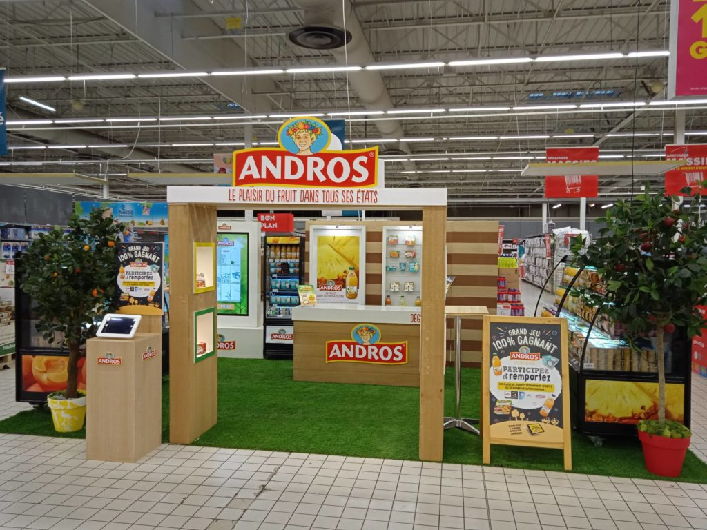 Fabrication et installation stand event en magasin