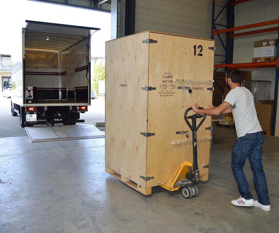 Prodezza entrepôt logistique événementielle Rhône - Lyon Saint Priest